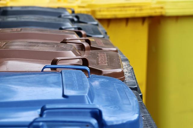 Jeux éducatifs sur les déchets et la collecte sélective